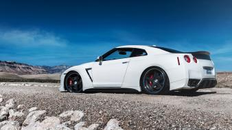 Cars white nissan gtr wallpaper