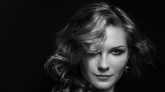 Black and white kirsten dunst monochrome wallpaper