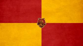Harry potter crest lions gryffindor hogwarts wallpaper