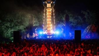 Party stage q-dance q-base 2012 wallpaper
