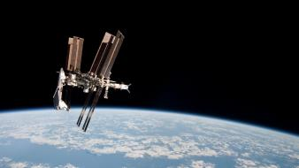 World iss earth flight space wallpaper