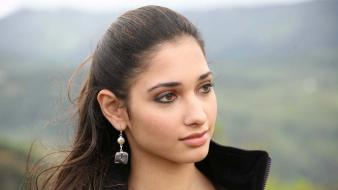 Indian girls tamanna bhatia photo shoot stills wallpaper