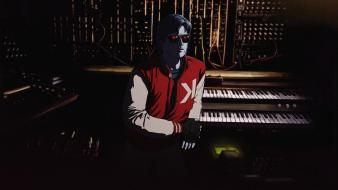 Shades kavinsky electronic music wallpaper
