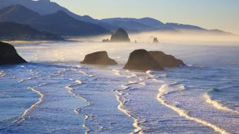 Beach rock oregon Wallpaper