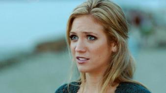 Brittany Snow Face wallpaper