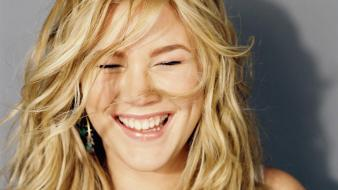 Joss Stone Laugh wallpaper