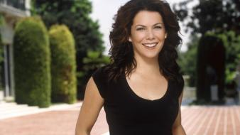 Lauren Graham Black wallpaper