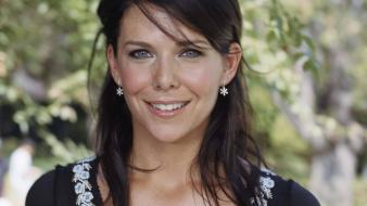 Lauren Graham Smile Wallpaper