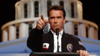 Suit men arnold schwarzenegger actors politician wallpaper
