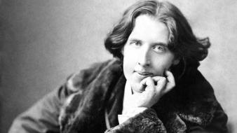 Vintage grayscale oscar wilde writers wallpaper