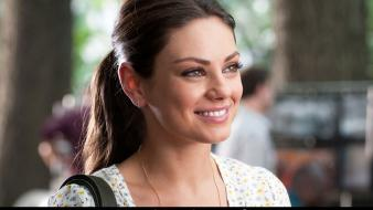 Mila kunis movies friends with benefits wallpaper