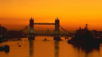 Sunrise london bridges wallpaper