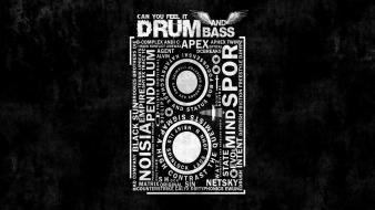 Typography drum and bass Wallpaper