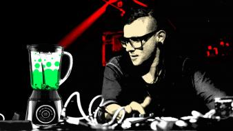 David live sonny moore dub step skrillex Wallpaper