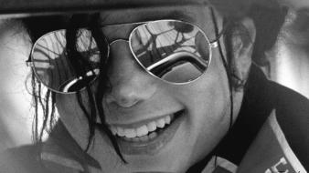 Glasses sunglasses grayscale michael jackson singers faces wallpaper