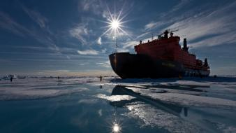 Ice boats transports wallpaper