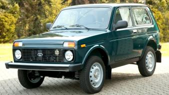 Lada vehicles suv 2121 niva green russian wallpaper