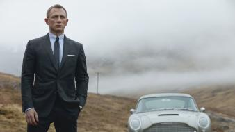 Bond actors daniel craig skyfall movie stills wallpaper
