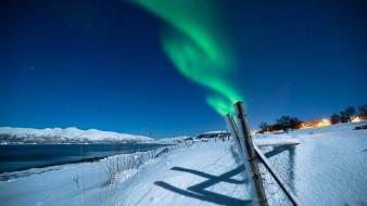 Landscapes winter snow fences aurora borealis lakes wallpaper