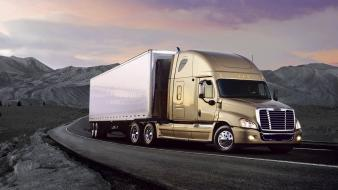 Trucks 18 wheeler freightliner wallpaper