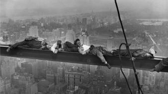 Black and white new york city workers wallpaper