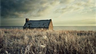 Houses frozen ruin sea Wallpaper