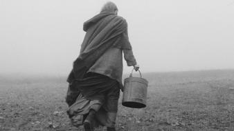 Monochrome bucket the turin horse béla tarr wallpaper