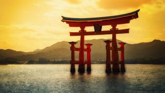 Gate sunlight torii seascapes japanese itsukushima shrine wallpaper