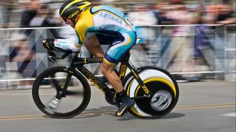 Sports cycling races lance armstrong cycles wallpaper