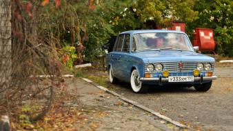 Cars vehicles russians lada 2103 front angle view wallpaper