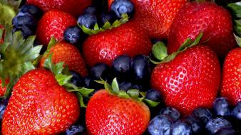 Fruits strawberries blueberries Wallpaper