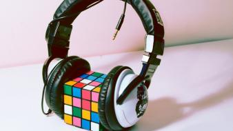 Headphones rubicks cube wallpaper