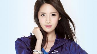 Singers im yoona k-pop simple background white wallpaper