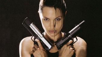 Angelina jolie guns wallpaper