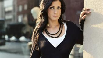 Dayanara torres look Wallpaper