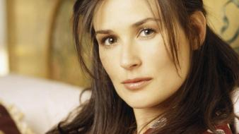 Demi moore face wallpaper