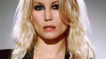 Denise van outen face wallpaper