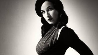 Dita von teese black wallpaper