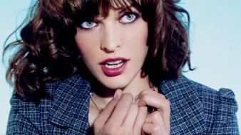 Milla jovovich look wallpaper