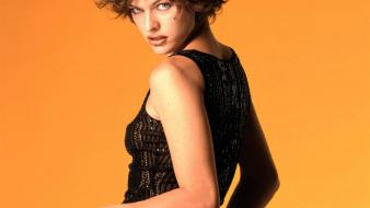 Milla jovovich orange wallpaper