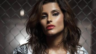 Nelly Furtado Bar wallpaper