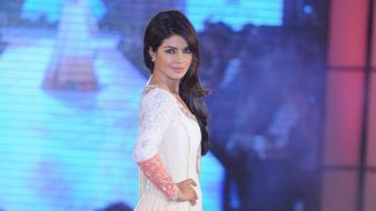 White dress priyanka chopra hands on hips wallpaper
