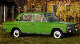 Cars vehicles wheels old speed russian lada 2103 Wallpaper
