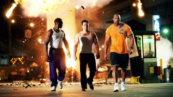 Mark wahlberg dwayne johnson anthony mackie still wallpaper