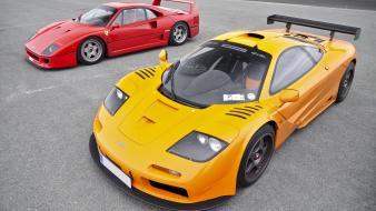 Gtr red f40 yellow front angle view wallpaper