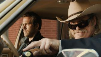 Jeff bridges ryan reynolds still r.i.p.d. wallpaper