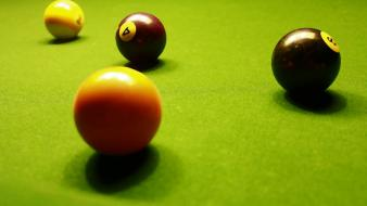 Pool table eightball Wallpaper