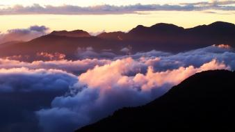 Sunset mountains clouds sunlight skyscapes skies wallpaper