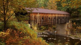 Vermont covered bridge Wallpaper