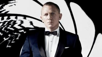 Men james bond actors daniel craig skyfall wallpaper